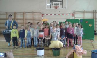 Teatr z Krakowa z wizytą w Szkole Podstawowej nr 1